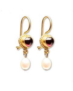 Classical Heart Earrings